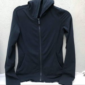 LULULEMON 4 jacket